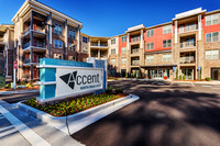 accent-druid-hills-ext-4889